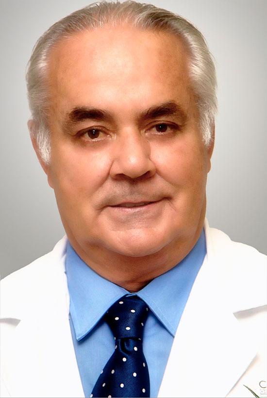 Dr. Miguel Ángel Soto-Yarritu